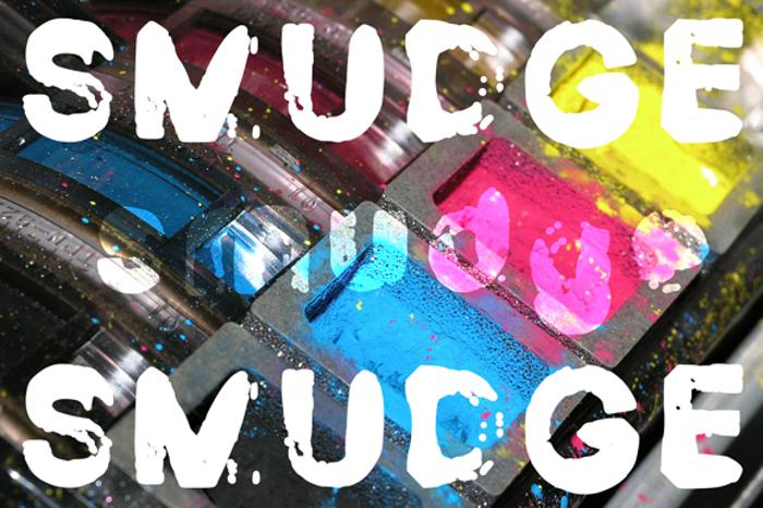 Smudge Demo Font poster