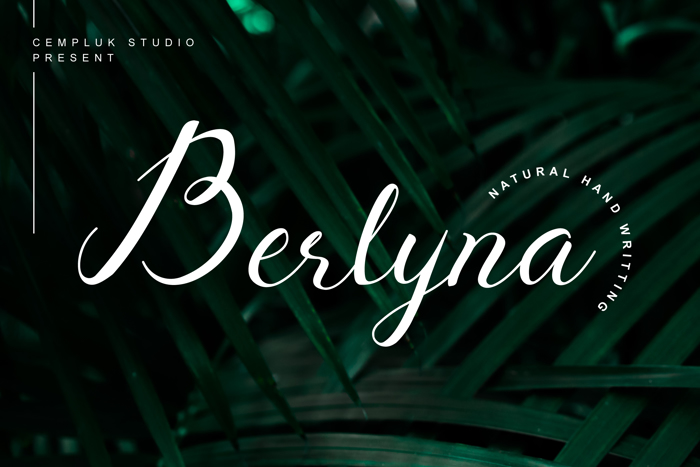 Berlyna Font poster