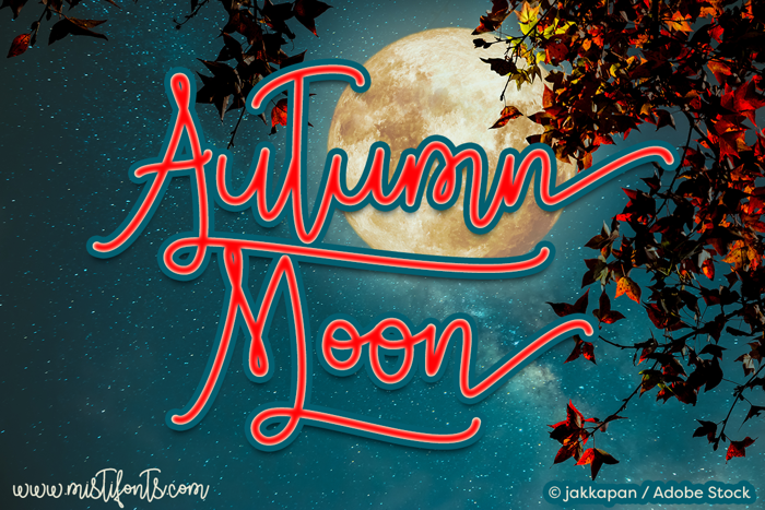 Autumn Moon Font poster
