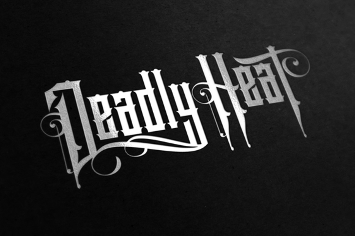 Deadly Heat Font design typography
