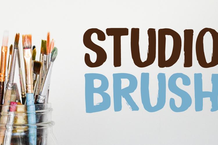 Studio Brush DEMO Font