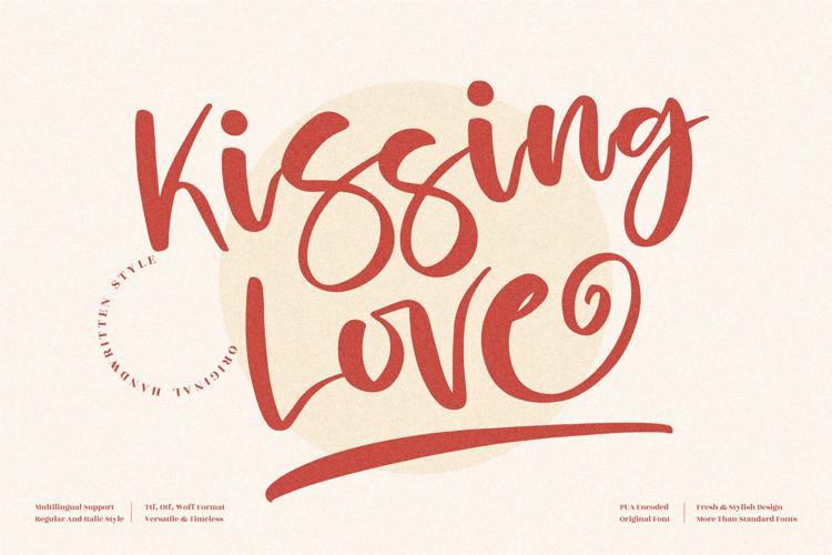 Kissing Love Font