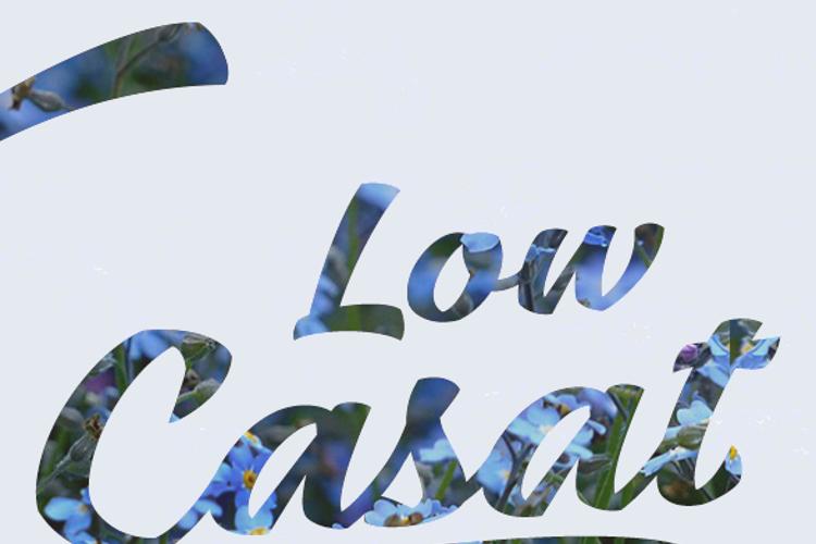 Low Casat Font
