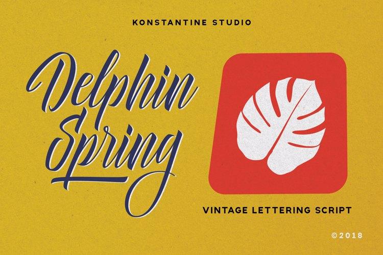 Delphin Spring Font