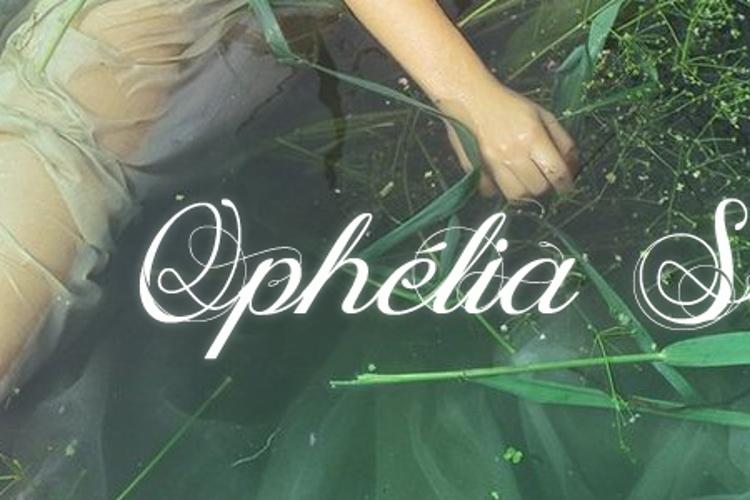 Ophélia Script Font